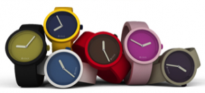 Full spot, stel zelf uw kleurrijke O clock design horloge samen